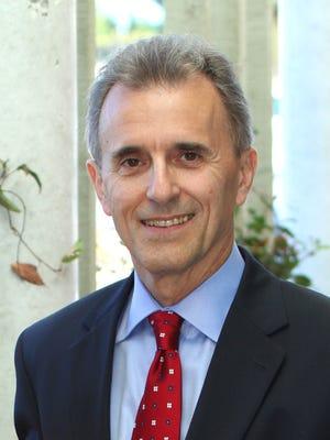 Dr. Eduardo Ochoa