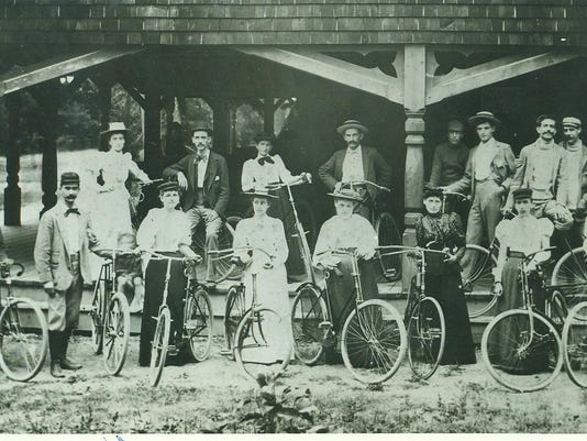 636409868584566294-bicyclers-at-pavillion-in-richmond.jpg