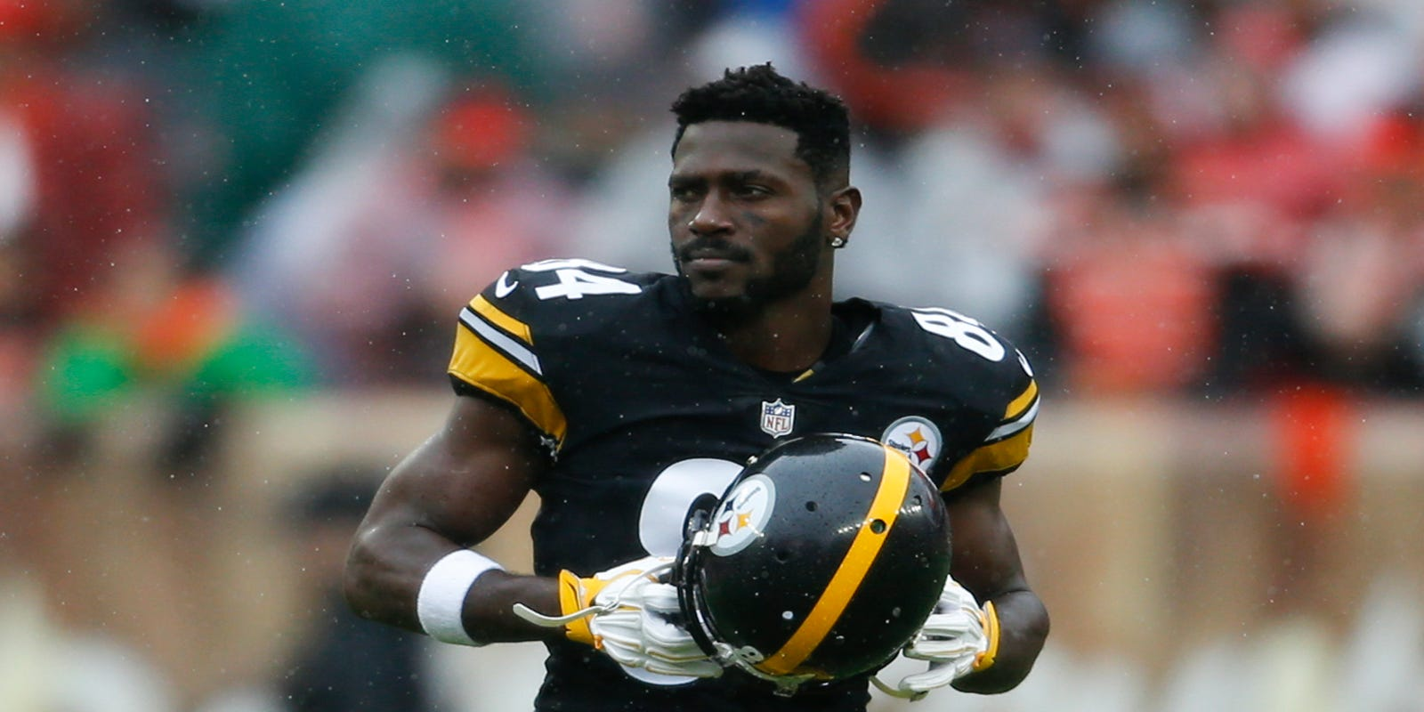 Antonio Brown Absence From Steelers Practice May Be Unexcused