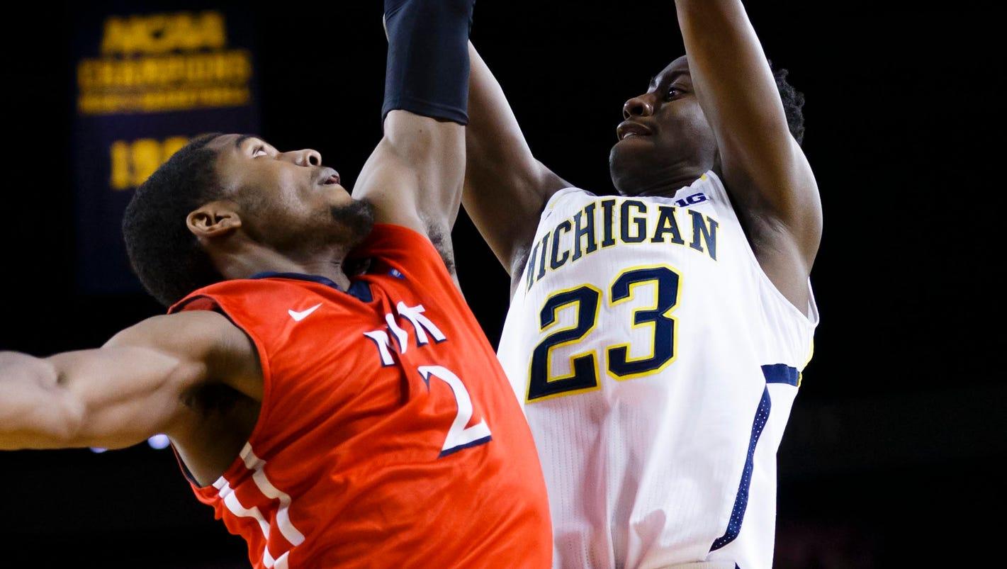 NJIT upsets No. 16 Michigan 72-70