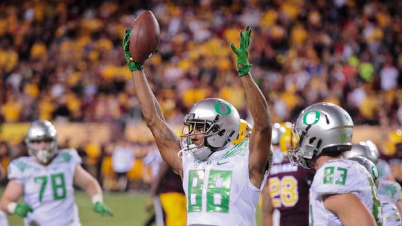 Oct 29, 2015; Tempe, AZ, USA; Oregon Ducks wide receiver