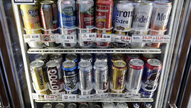 Shoppers at Manitowoc grocery stores may soon be able to use general checkouts — as opposed to liquor department checkouts — to make liquor purchases.