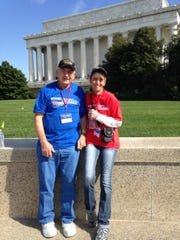 Art teacher Sonya Smith recently accompanied veterans