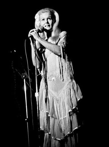 """Lynn Anderson, 67, """"Rose Garden"""" singer"""