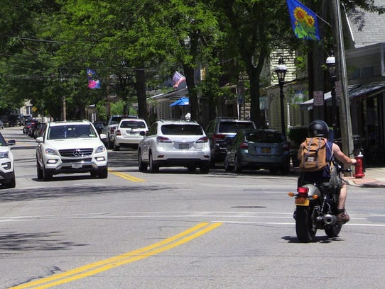 Croton-on-Hudson police areturning to businesses and