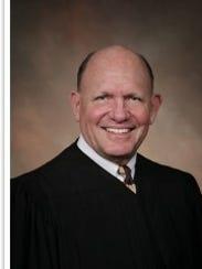lawyer dress code