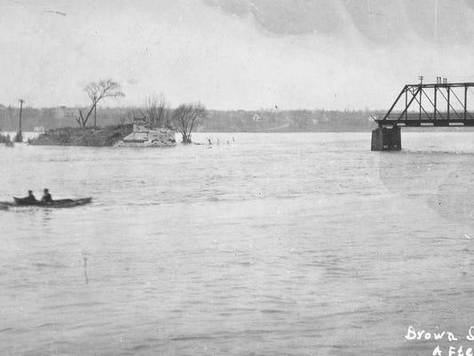 LAF N 1913 Flood