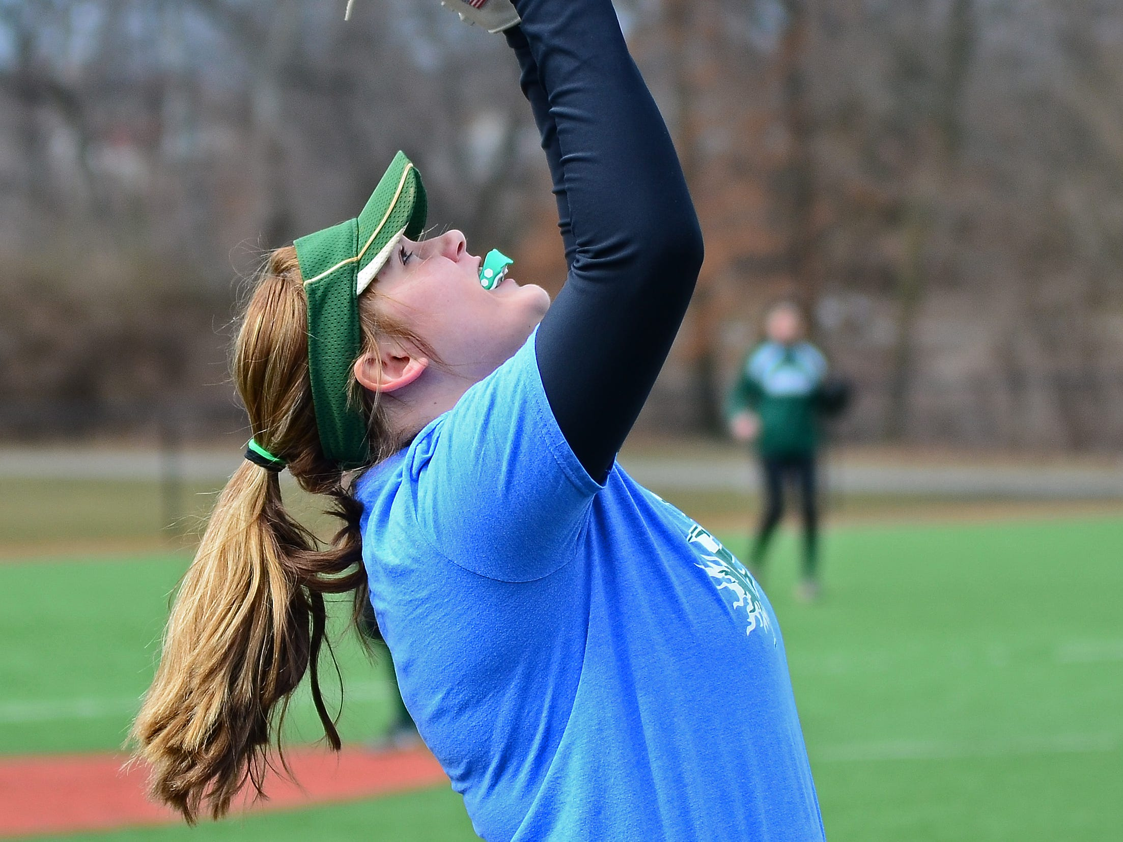 Raritan's Bethany Budner makes a catch in the infield.