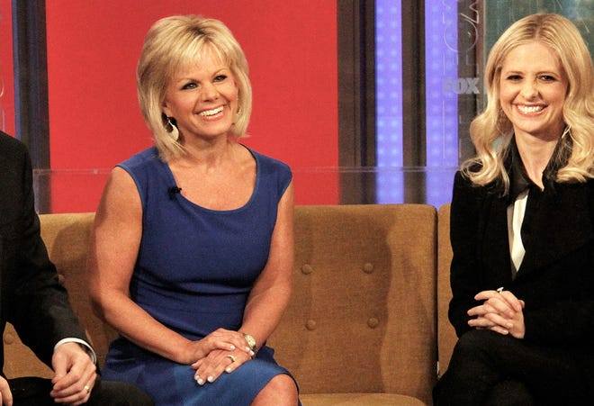 Gretchen Carlson wore one of her then-standard issue shifts to work in June. Guest Sarah Michelle Gellar, however, wore host-verboten pants.