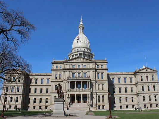 Michigan-capitol-building.jpg