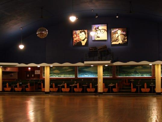 ballroom1.jpg