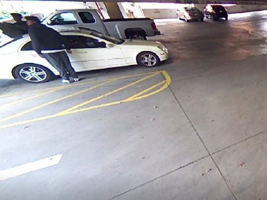 636585278866536210-Clemson-robbery.JPG