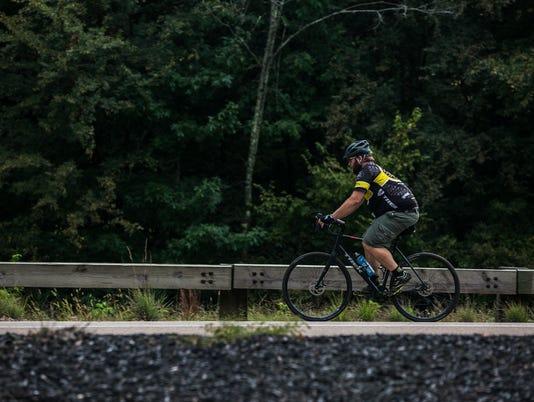 cycling02.jpg