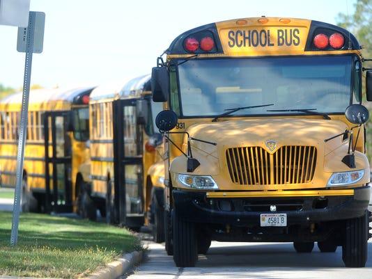FON 092514 bus4.jpg