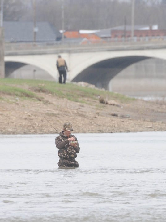 Fishing report walleye run picking up for Clinton lake fishing report