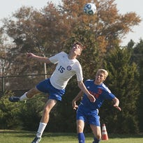 BOYS' SOCCER: Minutemen open playoffs with win over Bolts