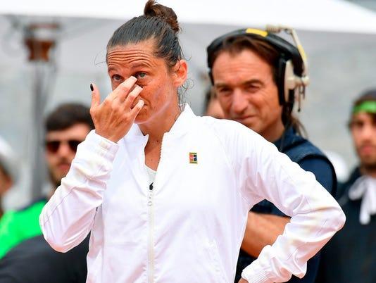 Italy_Open_Vinci_Retires_54507.jpg