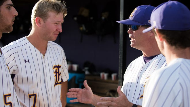 LSU Eunice head coach Jeff Willis has been named a Regional Coach of the Year by the American Baseball Coaches Association and Diamond Sports.