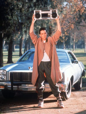 "Lloyd Dobler (John Cusack ) serenades Diane Court (Ione Skye) with a little help from Peter Gabriel in the 1989 movie ""Say Anything ... """