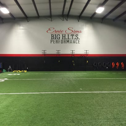 Former NFC and FSU LB Ernie Sims opens a training facility