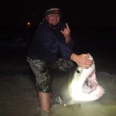 Shark anglers Derrick Keeny with the help of Kyle Register