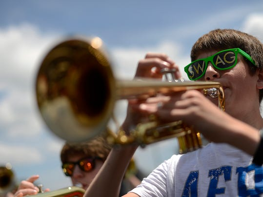 ES_GPG_GB East marching band_6.26.140017.jpg