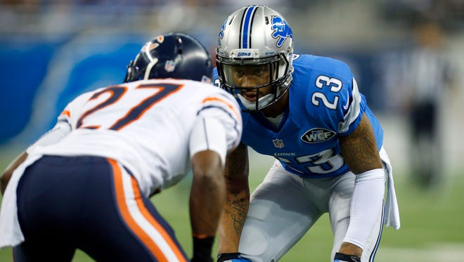 Detroit Lions cornerback Darius Slay (23) lines up against Chicago Bears cornerback Sherrick McManis (27) on a punt during an NFL football game on Thursday, Nov. 27, 2014 in Detroit.
