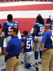 New York Giants defensive end Olivier Vernon (54) takes