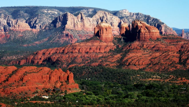 Hike at Red Rock State Park, 4050 Red Rock Loop Road, Sedona. $7 per person, $4 for ages 7-13, free for age 6 and younger. 928-282-6907.
