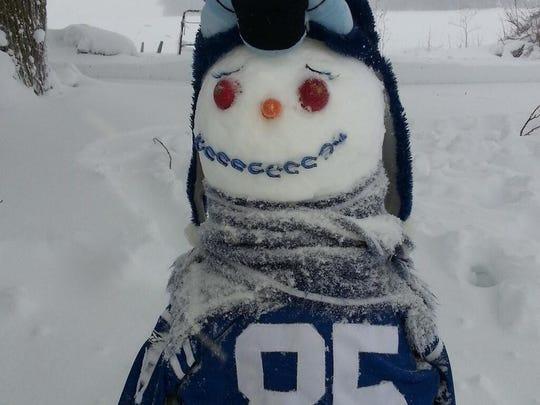 Colts snowman.