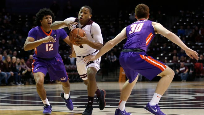 The Missouri State Bears take on the Evansville Purple Aces Braves at JQH Arena on Saturday, Feb. 10, 2018.