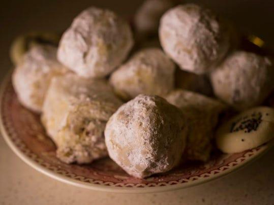BUR 0317 persian baker C1.jpg