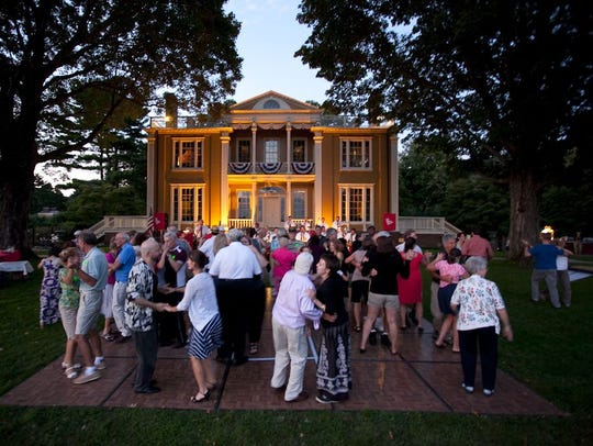 Head to Boscobel for live music and picnicking during
