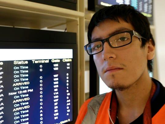 Airport Workers Salar_Oliv.jpg