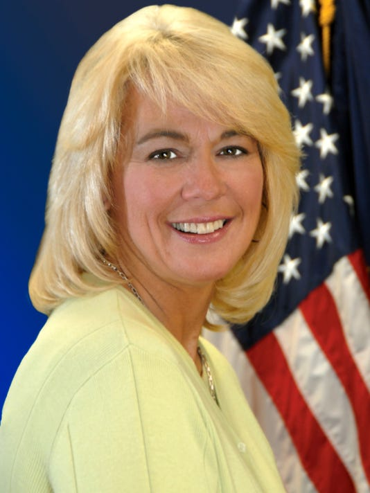 Leslie Combs