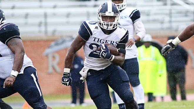 Robert Johnson IV rushed for 409 yards and two touchdowns as a sophomore in 2015.