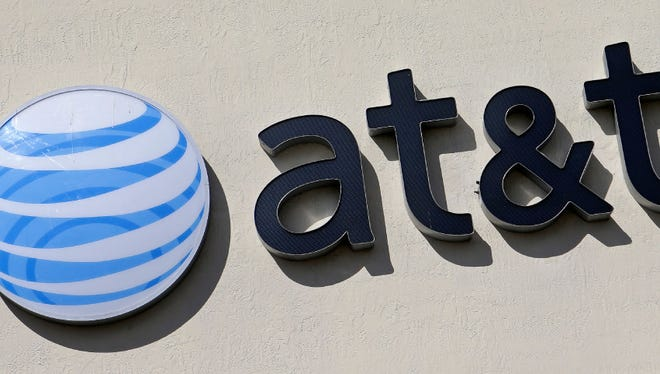 AT&T new customers can still get the older, cheaper plans over the phone (888-333-6651) or in its stores.