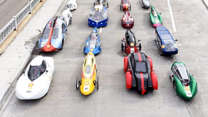 Alternative-fuel vehicles prepare for their last Detroit run