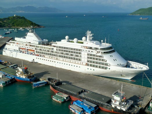 At the top of the short list of the world'?s most luxurious cruise ships, Silversea Cruises 28,258-gross ton Silver Shadow entered service in 2000.