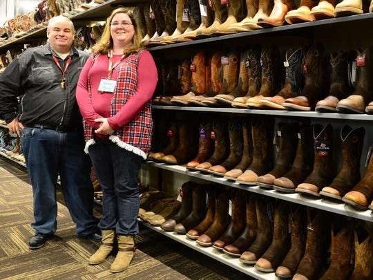 4d4ca26dd43 Boot Barn opens on Vann Drive