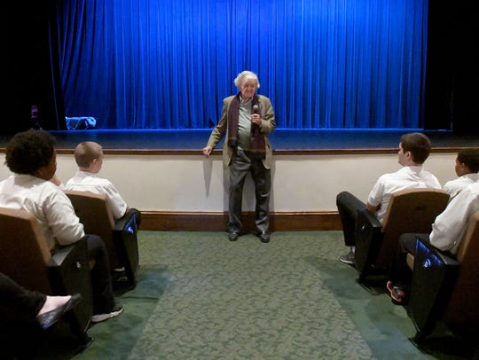 Hal Holbrook speaks to Carroll Academy students during his visit to The Dixie Performing Arts Center, Monday, November 6.