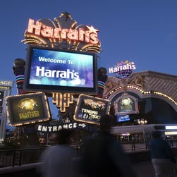 Tour Harrah's Las Vegas' revamped Valley Tower