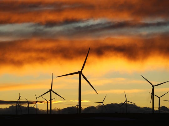 A newly introduced Senate bill looks to update the renewable-energy standard in New Mexico for decades to come.