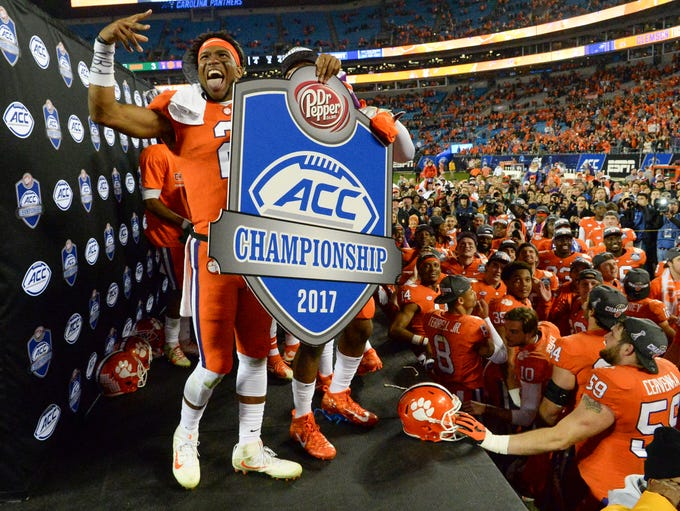 Clemson quarterback Kelly Bryant celebrates with teammates