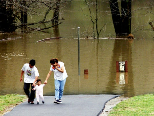 Walking in Pinkerton Park, TENNESSEE FLOODING