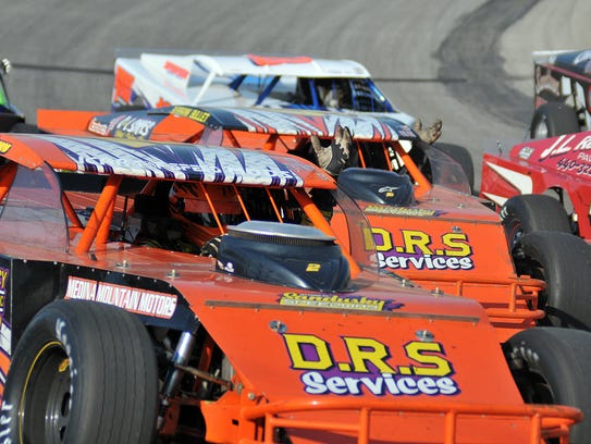 Racing returned to Spitzer Motor Speedway for the first