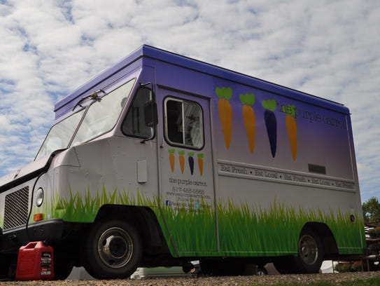 Cosmos pizza purple carrot food truck to appear on food for Eastside fish fry menu