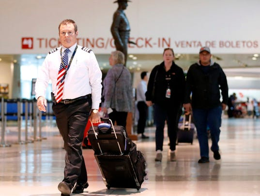 US airlines on a pilot-hiring spree