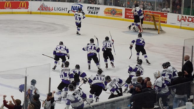 The Shreveport Mudbugs celebrate after the final horn of a 2-1 victory over Corpus Christi in Game 5.