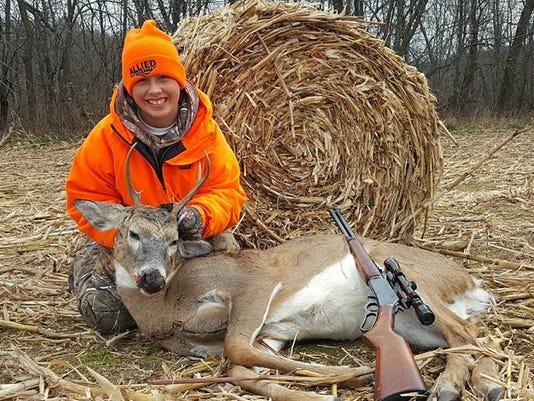 WSF-deer-hunting-Molitor.jpg